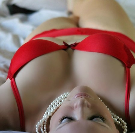 girl-254708_1280